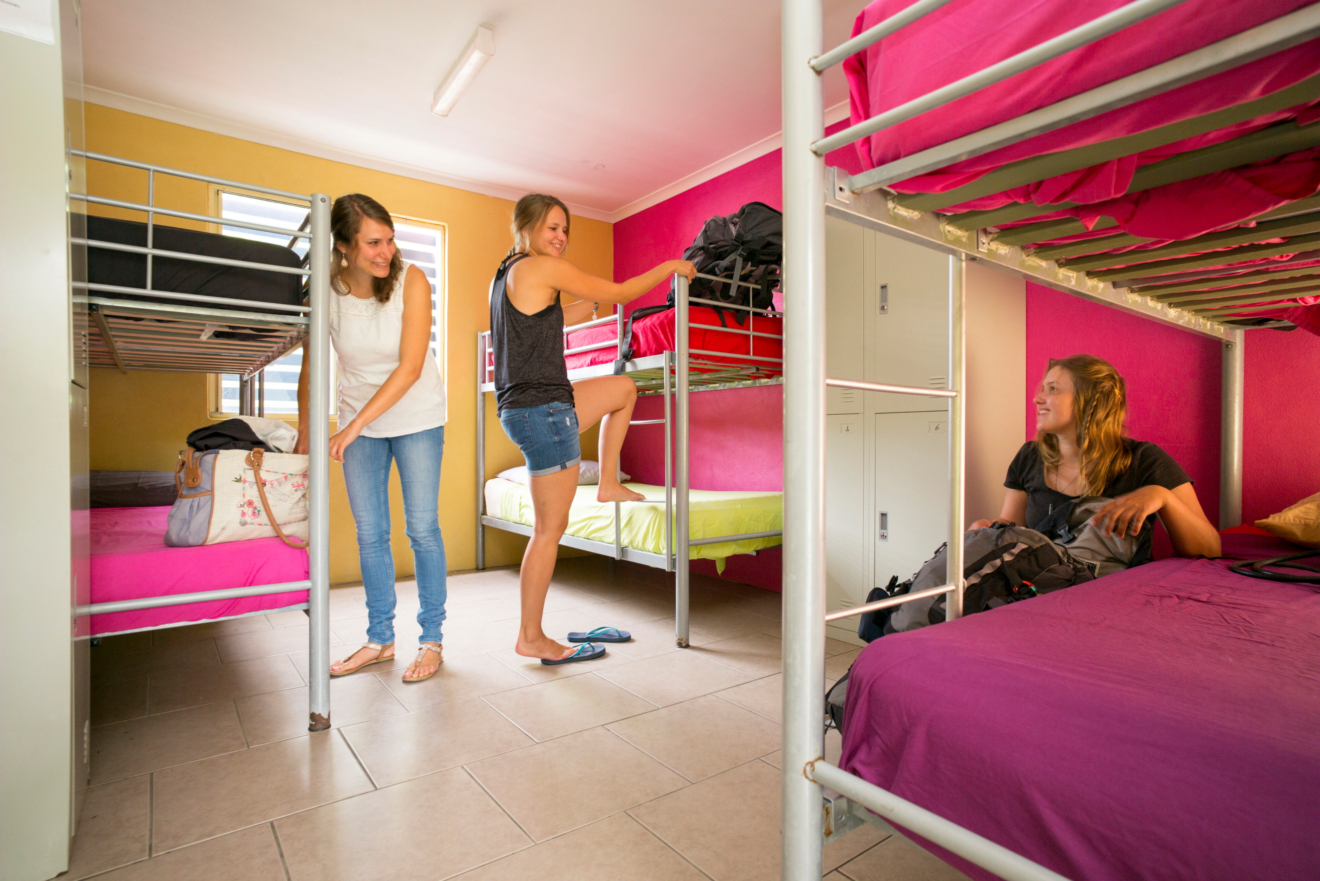 6 BED MIXED & FEMALE ONLY WITH ENSUITE